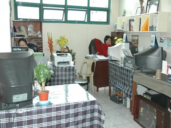 事務室|PINESバギオ|フィリピン留学 *事務室* *事務室* *事務室* *授業風景*  フ